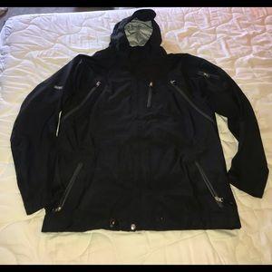 686 Plexus Pinnacle 3-Ply Large Snowboard Jacket!